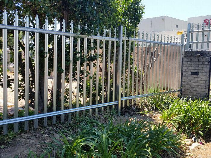 palisad-fencing-1